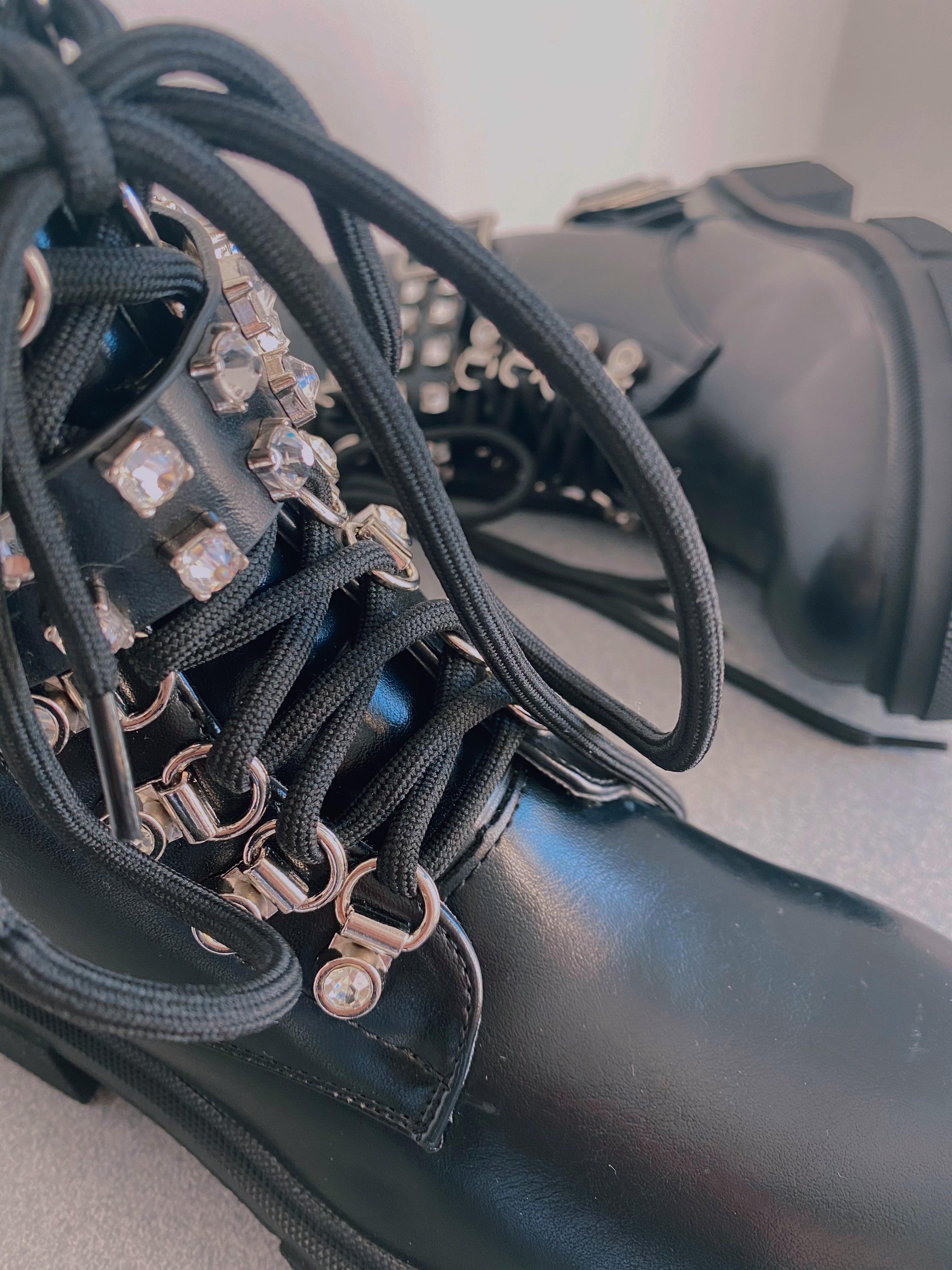 Gležnarji K217 Black
