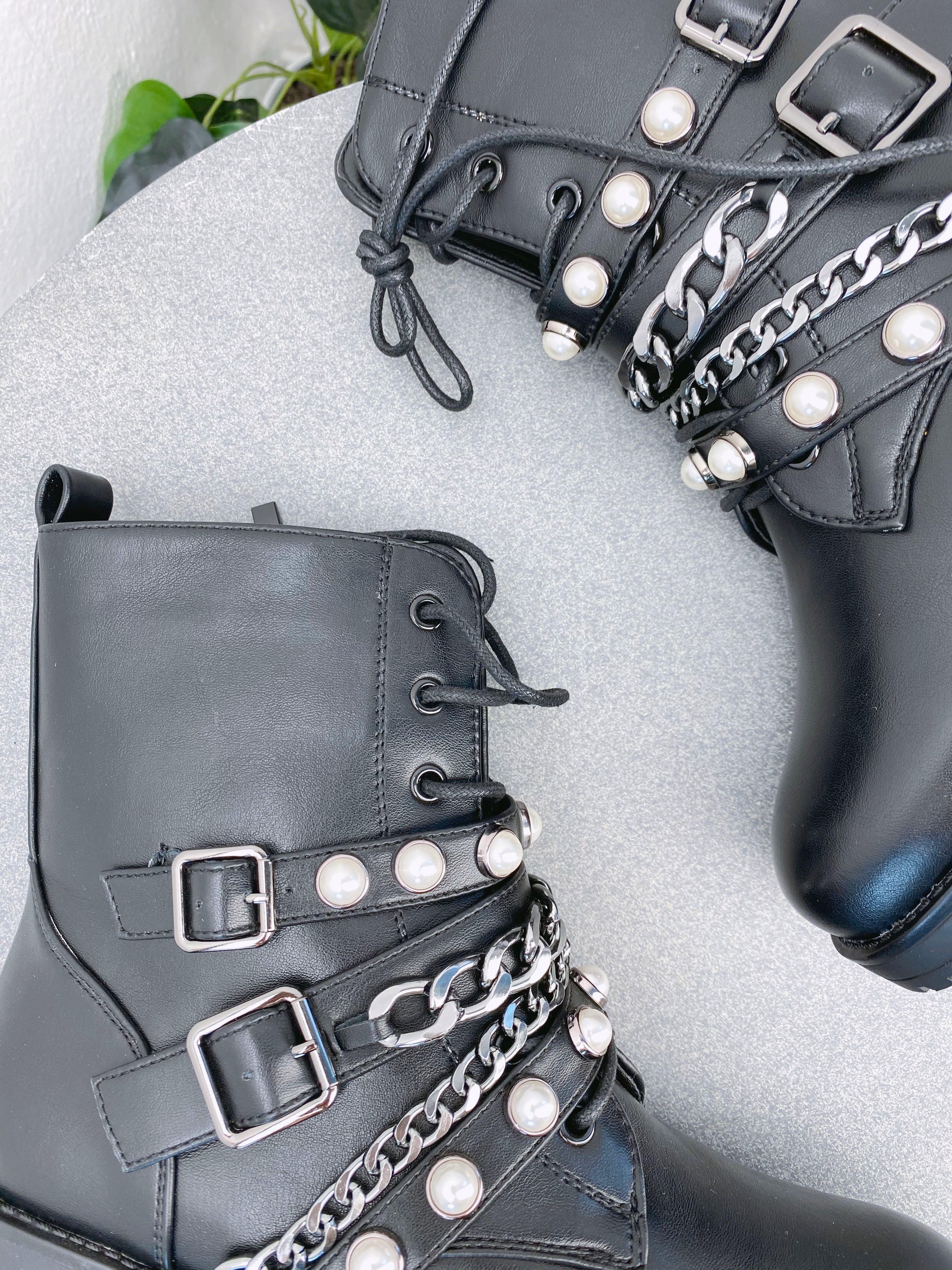 Gležnarji B26-11 Black
